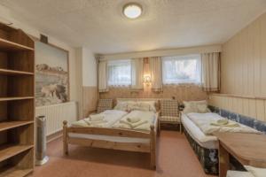 ubytování v soukromí, čtyřlůžkový pokoj, čtyři lůžka, osmilůžák, kuchyňský kout,